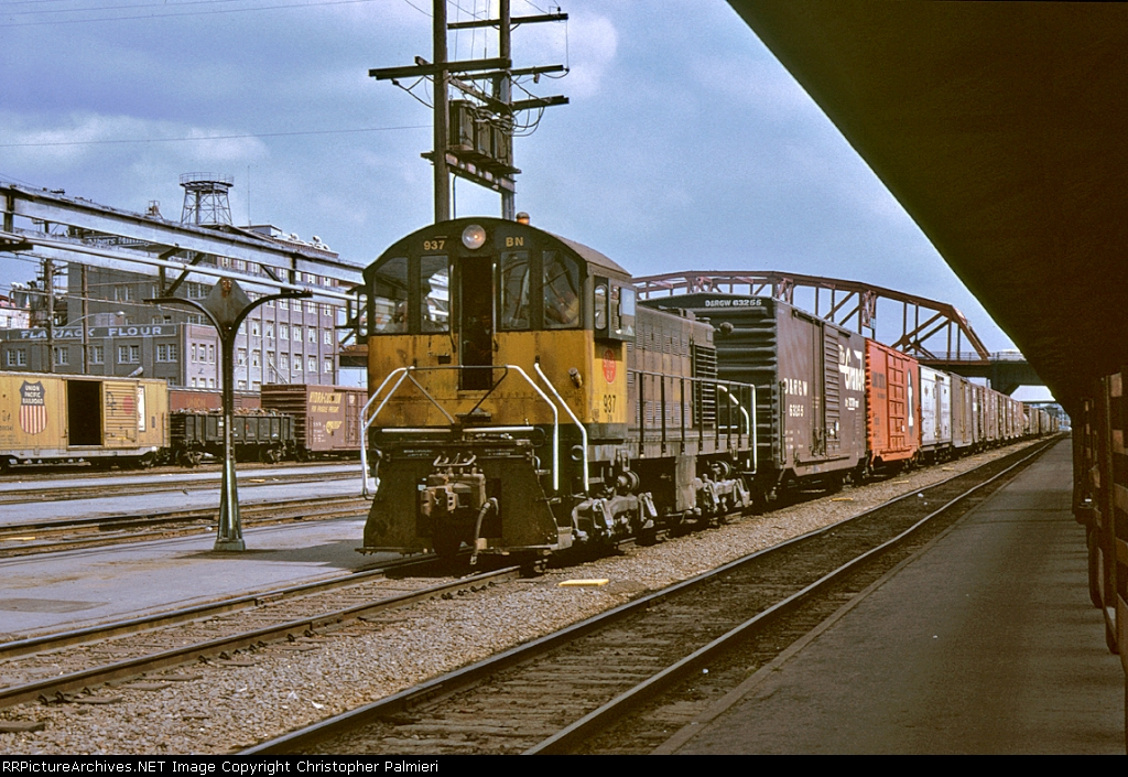 BN 937 and DRGW 63266