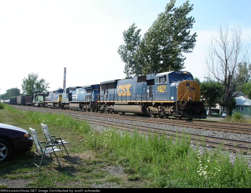 CSX 4829 leads this EB Manifest Freight on the #1 Track. Gas from Syracuse,NY to Fairport,NY $10,Folding Chairs from WalMart $20, Front Row seats on the Chicago Line....priceless