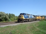 CSX 9021 & UP 4853 runnin WB on the Shore