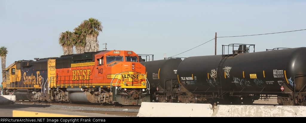 BNSF 140 and 8736
