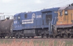 CR 6608 on NB freight