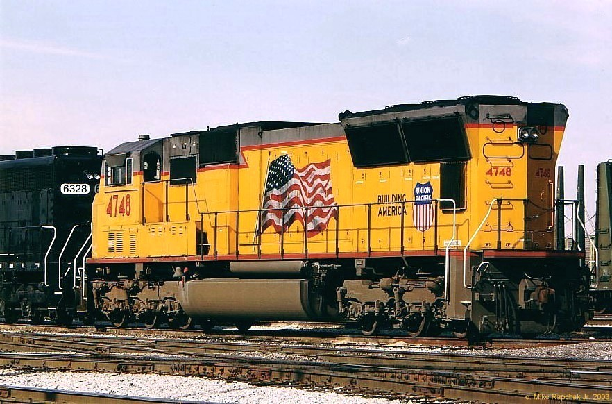 UP SD70M 4748