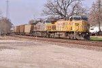 UP 6625 - KCS 4600