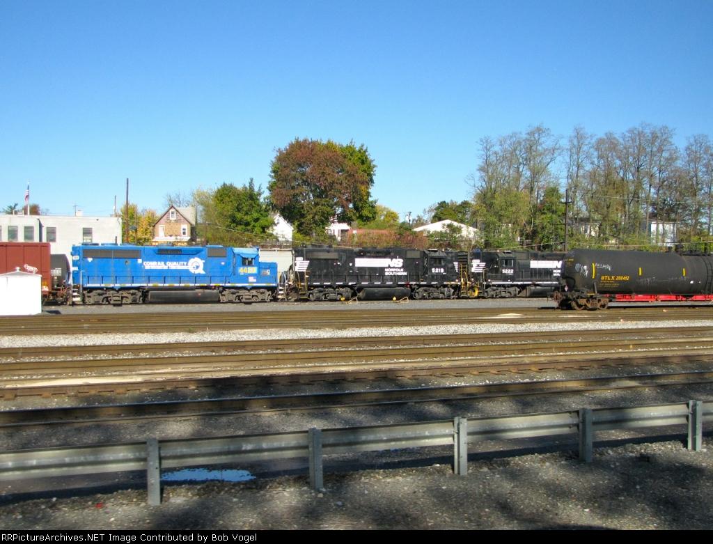 Conrail Quality CSX 4428
