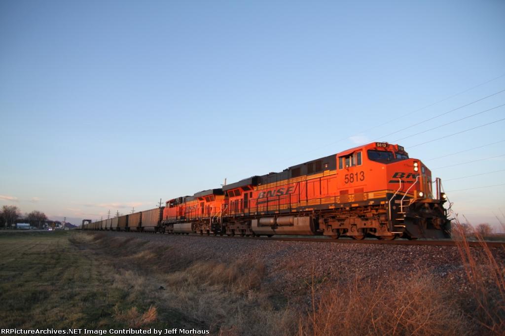 BNSF 5813