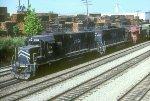MP GP38-2 2164