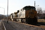 CSX 856 getting ready to leave