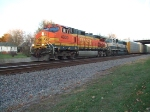 BNSF 4900 and 9548