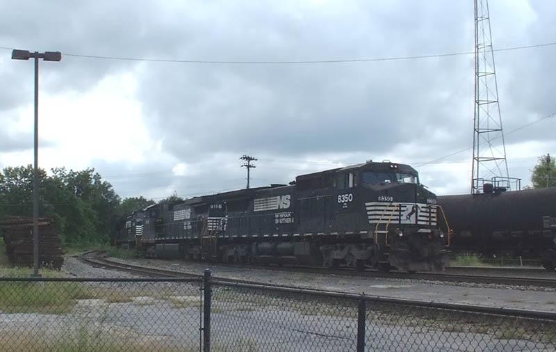 NS Train 154 arrives