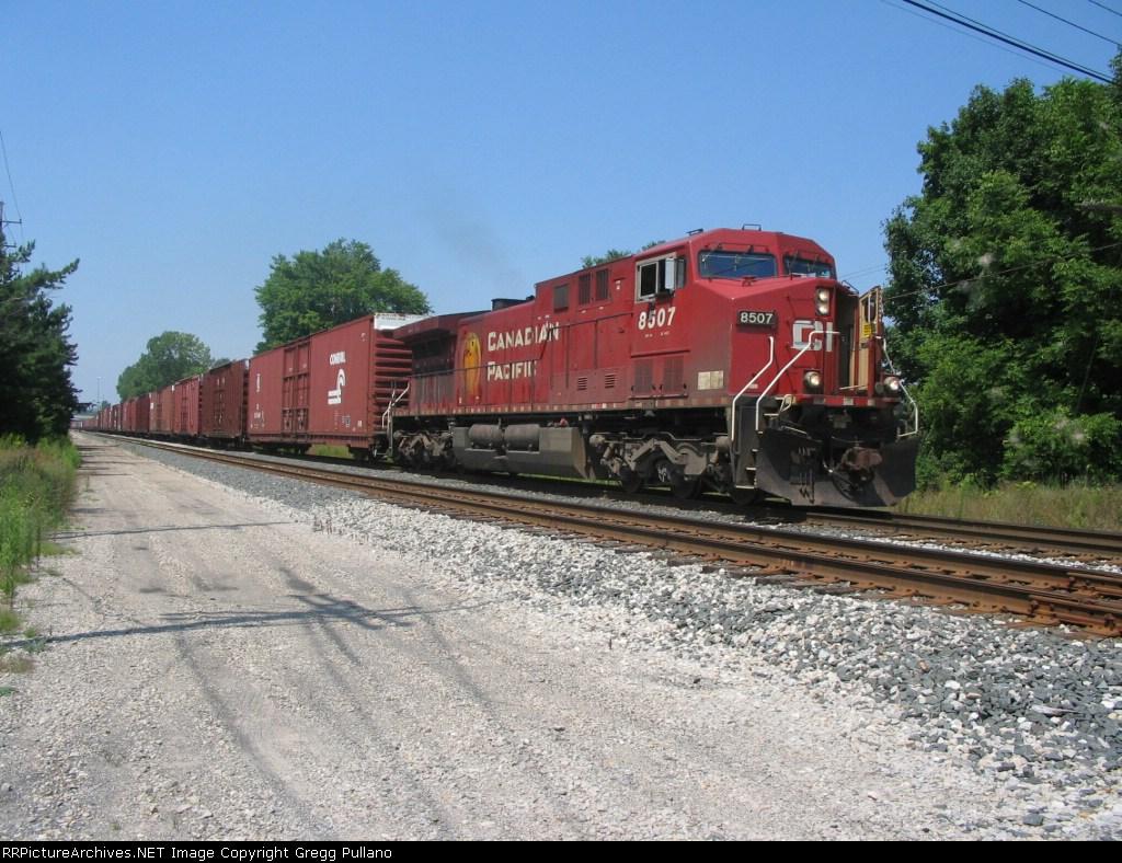 CP Rail X500
