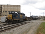 CSX 6358 leads Y106-04 over Grandville Ave as it returns to the yard
