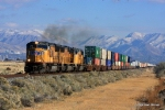 WB UP 4830 and a hot intermodal/stack train