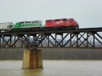 CP 7305 and CITX 3064 crossing Susquehanna River