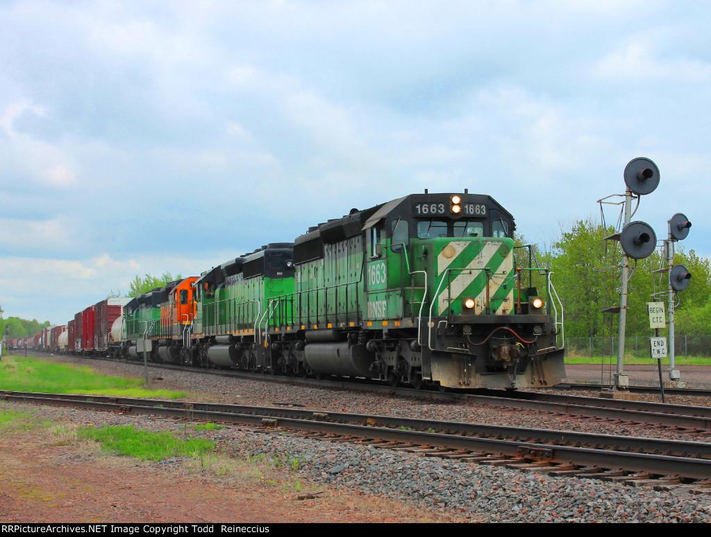BNSF 1663
