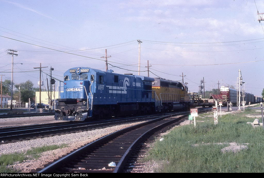 CR 6597 and UP 3164