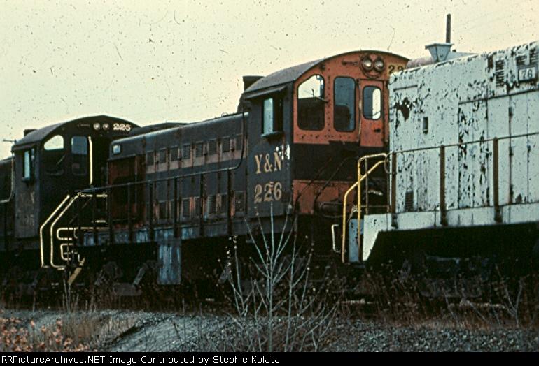 YN 226