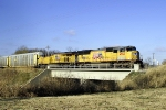 CSX Q220 with UP 4966 leading