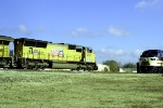 UP 4966 leads Q220 north by L&N 796