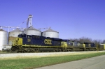 A trio leads CSX Q275 south