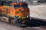 BNSF 7885 rolls eastbound into the BNSF Barstow yard pulling a Z-Train.