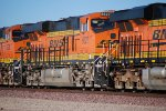 BNSF 6627 with her sister ES44C4 tagging along behind Her (BNSF 6620) roll east into the BNSF Barstow Yard.
