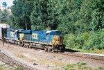 CSX ES44DC 5208
