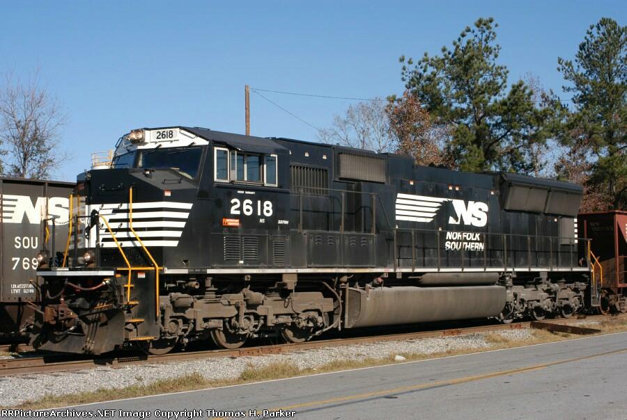 NS SD70M 2618