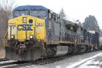 CSX Q370-24 has a Conrail C40-8 and GP15T