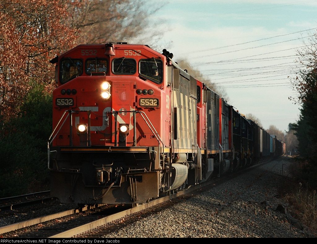 CN 5532 heads up an amazing lash up of power on Q621 over Game Farm Rd