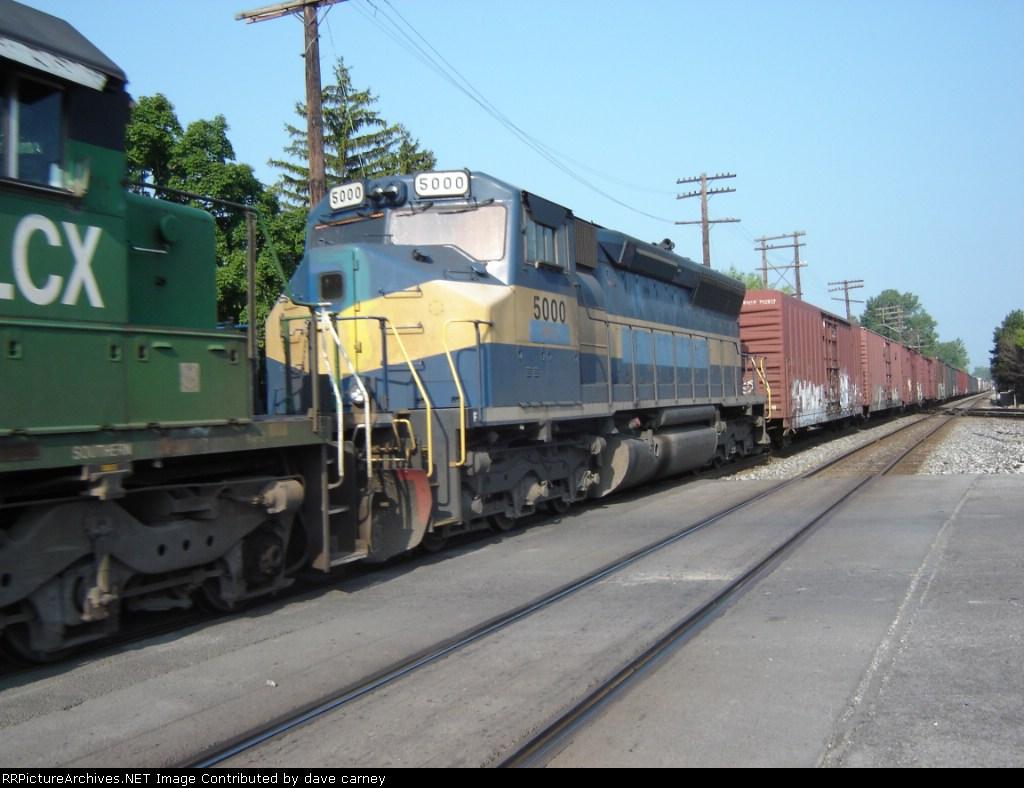 Trailing unit on Q380