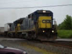 CSX 7644 & CSX 7526 running elephant style with a hot and heavy WB TOFC