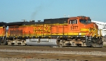 BNSF 5077 Front Right 2