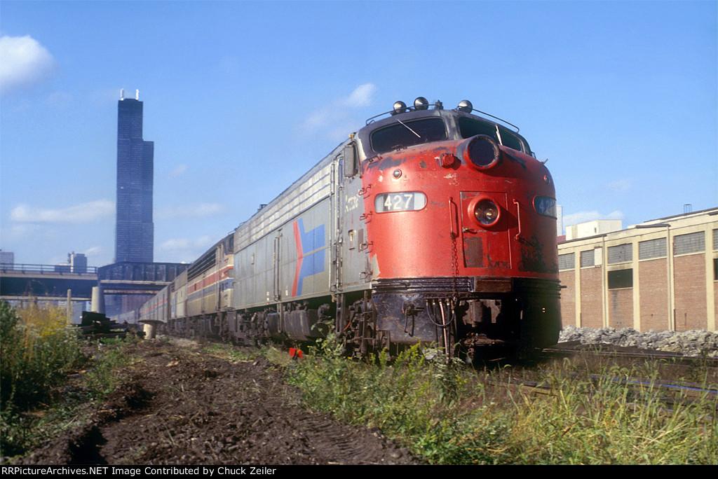 Amtrak E9 427