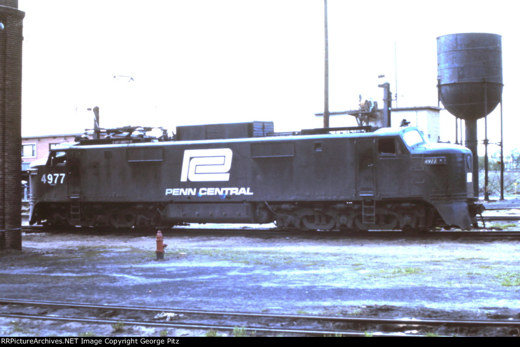Penn Central E40 4977