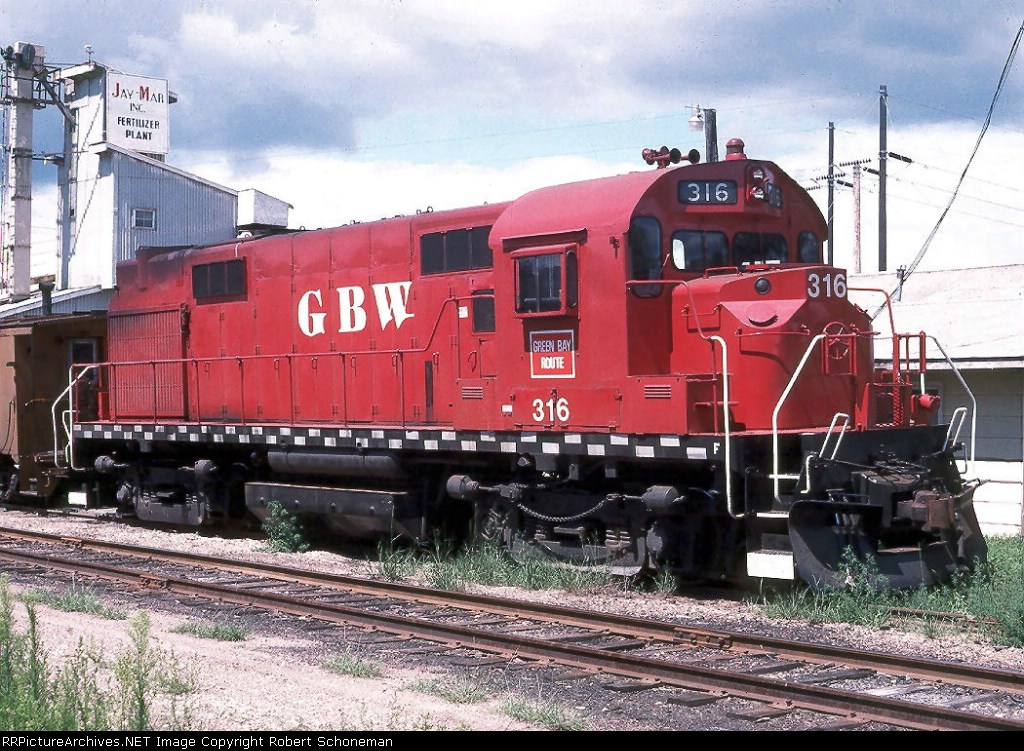 GBW DL640 316 rests from the afternoon local 8/12/90