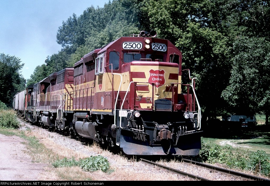 CN-WC 2500 at Sherwood, WI with T24