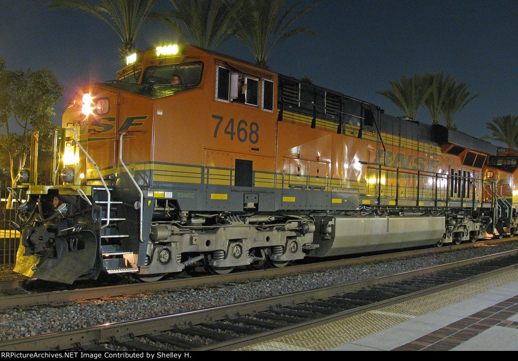 BNSF 7468 leading this train stopped in the station