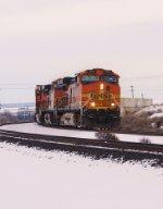 BNSF 5163 leads a Z West.