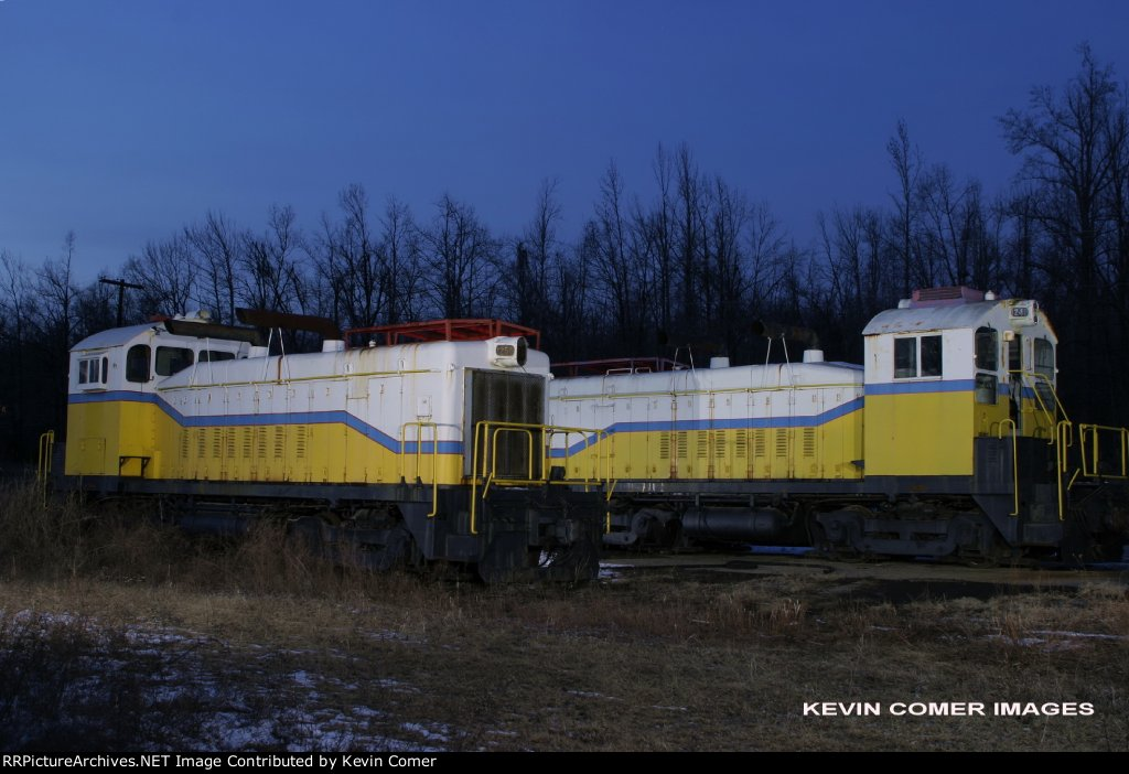 Abandoned ICG/Charloais Coal SW9s 1249 & 1250