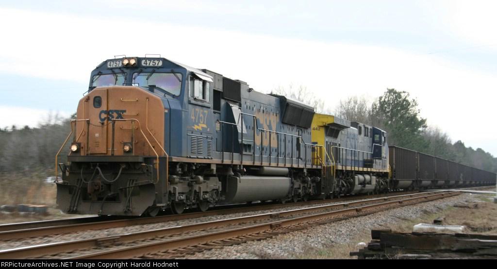 CSX 4757 leads an empty coal train northbound