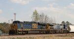 CSX 883 leads train Q493