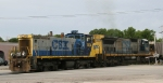CSX 1104 & 7543 back a train into Bennett Yard