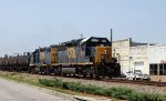 CSX 8135 & 2632 lead train F721-23 northbound