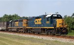 CSX 2632 & 8135 lead train F721 northbound