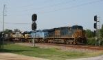 CSX 5423 leads train Q410 into the yard