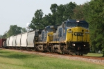 CSX 7373 & 497 lead northbound train Q494