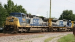 CSX 7652 & 9010 lead train Q491-08 out of the yard