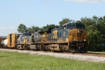 CSX 595 leads train Q491 towards Bennett Yard