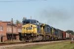 CSX 7740 leads train Q407 southbound