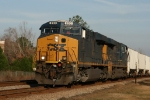 CSX 893 leads train Y123 back to the yard early in the morning